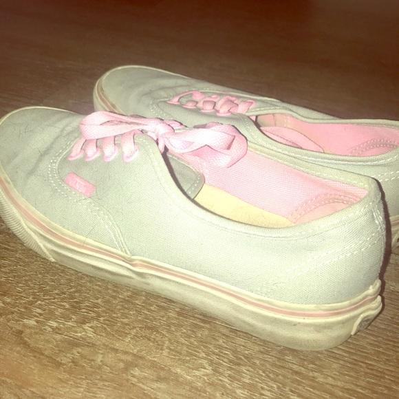 1cb78ddfe63 Grey w pink Vans
